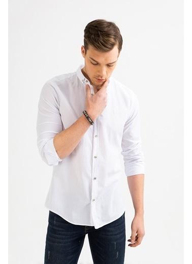 Avva Erkek  Düz Düğmeli Yaka Slim Gömlek A01S2206 Beyaz